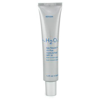 H20 Plus Sea Results UV Plus Moisture Fluid Erken yaşlanmaya, hassasiyete ve koyu lekelere karşı maksimum koruma sağlamayı amaçlıyor. Besleyici A, C, E vitaminleri ile Provitamin B UV ışınlarının ve çevresel etmenlerin neden olduğu gözle görülür hasarı onarmaya yardımcı oluyor. Özellikle kimyasal soyucular kullananlar ya da cildi kimyasal güneş koruma ürünlerine karşı hassas olanlar için ideal bir ürün. Fiyatı, 90 TL.