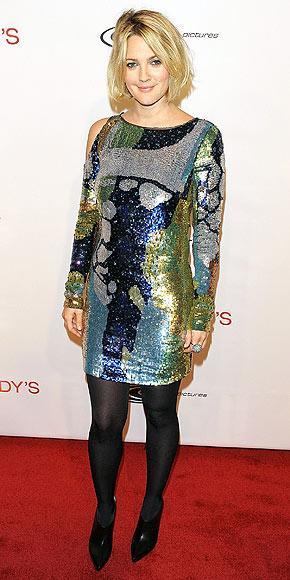 Rock-bohem stilin şık sentezi: Drew Barrymore - 10