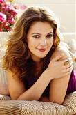 Rock-bohem stilin şık sentezi: Drew Barrymore - 7