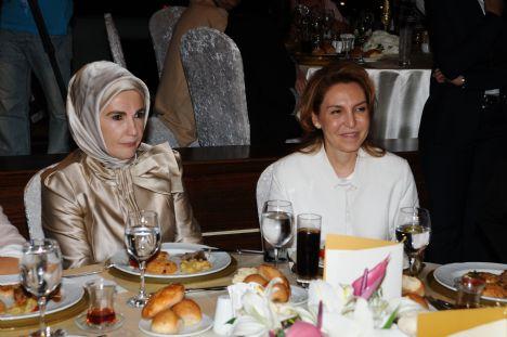 Emine Erdoğan- Beyhan Bağış