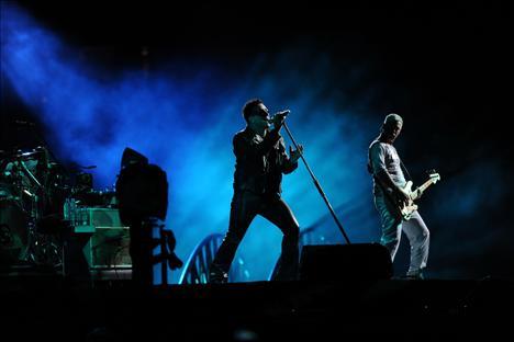 U2 sahnede