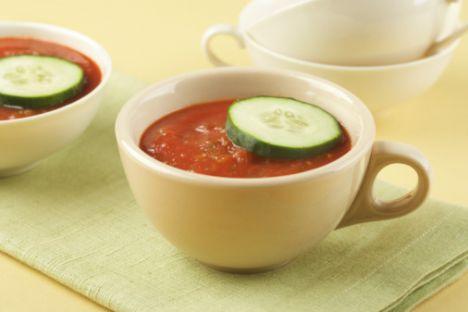Akşam 1 kâse sebze çorbası 1 dilim ekmek Domates  Ara 1 su bardağı süt