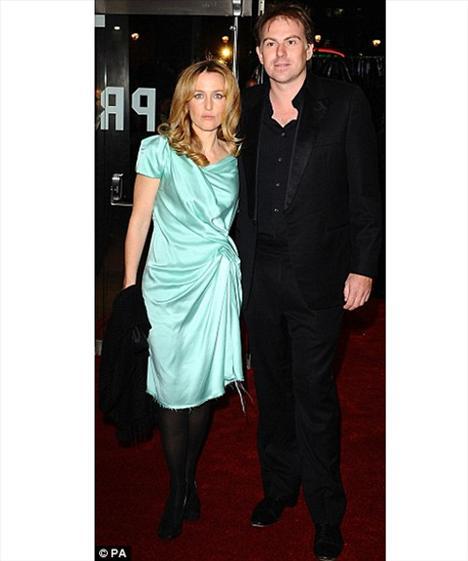 Gillian Anderon ve eşi Clyde Klotz