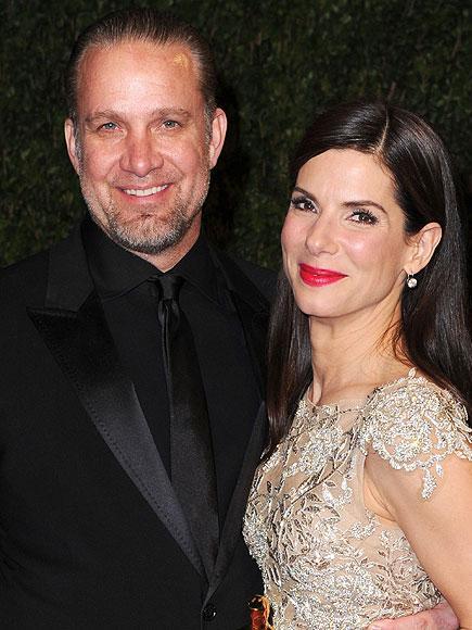 2010 yılı Sandra Bullock'a iş açısından oldukça iyi geldi. Fakat eşi Jesse James'le olan ilişkisine yaradığını söyleyemeyeceğiz.