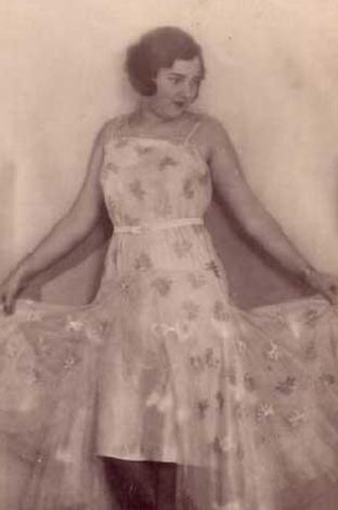 Naşide Saffet Esen, 1931 Türkiye güzeli.