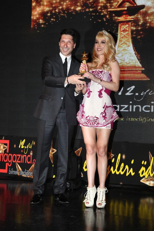 Hande Yener - 12