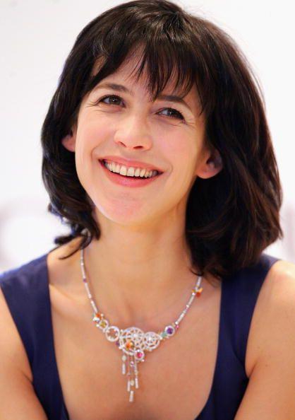 Oyunculuk kariyerine 14 yaşında 'La Boum' ile başlayan Sophie Marceau, üç sene sonra  'En İyi Ümit Veren Kadın Oyuncu' Cesar'ını kazandı.