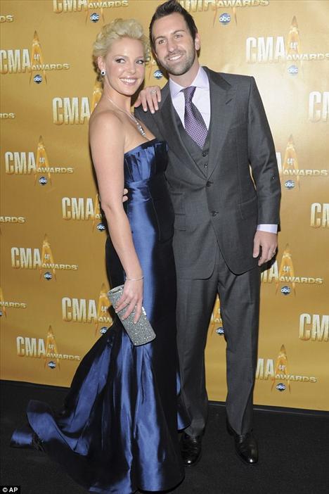 Katherine Heigl ve şarkıcı kocası Josh Kelly