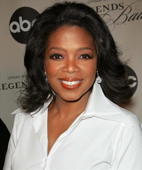 Listenin birinci sırasında 203 milyon euro'luk servetiyle talk show sunucusu Oprah Winfrey var.