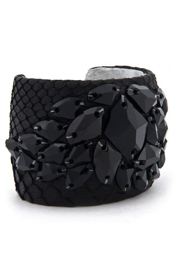 Taş detaylı siyah kelepçe