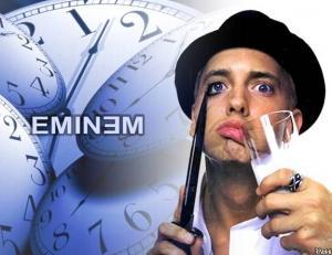 Eminem  Marshall Bruce Mathers III, meşhur olduğu sahne adıyla Eminem ya da ikinci kişiliği Slim Shady, Akademi ve Grammy ödüllü Amerikalı rapçi, yapımcı ve aktördür.  En yakın arkadaşı Proof, 2002 yılında Eminem'in hap ve alkol bağımlılığından kurtulduğunu söylemişti. Ancak daha sonra uyku problemleri yüzünden uyku hapı kullanmaya başlayan rapçi,  rehabilitasyona girdi.
