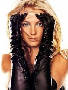 Britney Spears  Son dönemlerin en popüler şarkıcılarından Britney Spears, iki kez intihar girişiminde bulundu.
