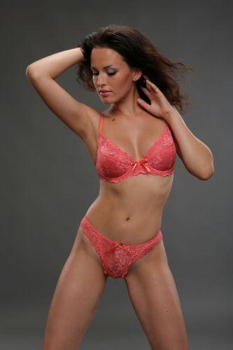 Kendra Wilkinson - 65