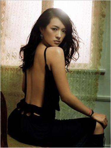 ZIYI ZHANG, Çin - En seksi olduğu an: The House of Flying Daggers (2004)