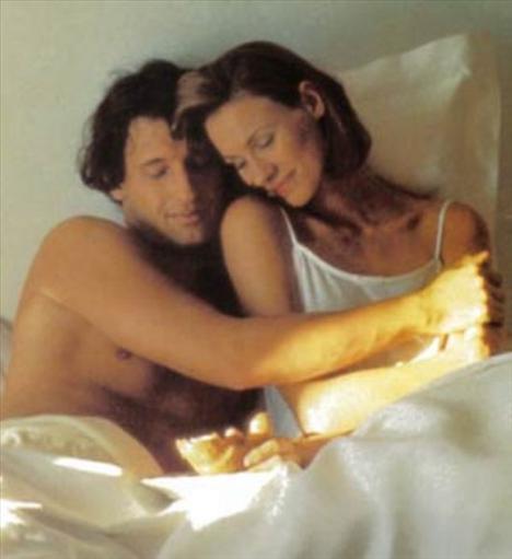 Seviştikten sonra o havayı devam ettirmeye çalışın.   Beraber duş alın ve sarılarak uyuyun. Sevgiliniz seviştikten sonra da sizinle birlikte olmayı arzulayacaktır.