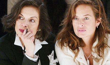 Mick Jagger'ın kızıysan doğal olarak model oluyorsun.   İşte bir Jagger kızı daha... Bianca ve annesi Jade..