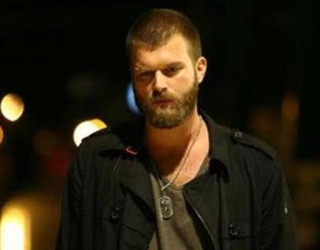 Tatlıtuğ son olarak Ezel dizisinde konuk oyuncu olarak yer aldı.