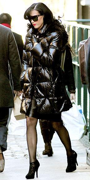 Katy Perry'nin pofuduk paltosu