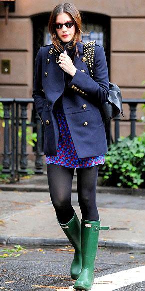 Liv Taylor'ın askeri paltosu