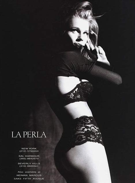 4 Rebecca Romijn   Çirkin Betty'nin yıldızı ve şu an muhteşem ikiz kız annesi olan Romijin, 2007'de La Perla Lingerie markası için modellik yapmıştı. Aynı zamanda Sports Illustrated'ın mayo sayısı ve Victoria's Secret için de kamera karşısına geçmişti.