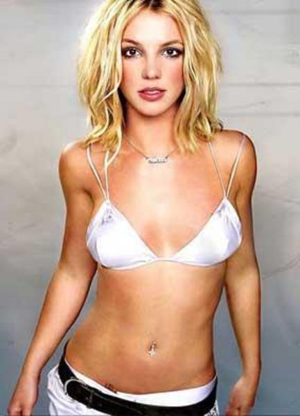 Britney Spears'ın da bir seks kaseti olduğu haberi magazin gündemine bomba gibi düşmüştü.   Bu görüntüler halen internette dolaşıyor, ancak görüntüleri kimin çektiği ve Britney'in kiminle birlikte olduğu belli değildi.