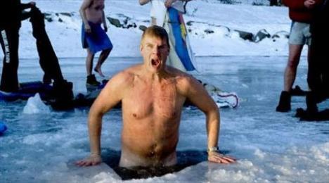 İyi bir seks için buza daldılar - 3