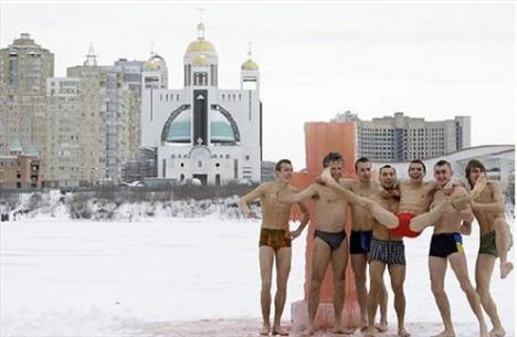 İyi bir seks için buza daldılar - 7