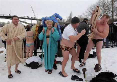 İyi bir seks için buza daldılar - 17