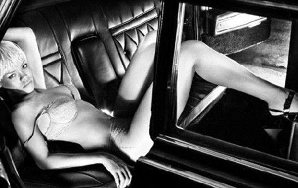 Rihanna - 5