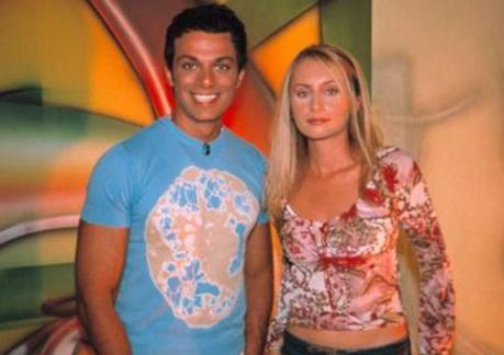 Jess Molho da ilk olarak TV ekranlarında VJ olarak görünmeye başladı.