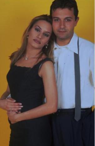 Cündübeyoğlu'nun programdaki partneri Yalçın Dümer'di.