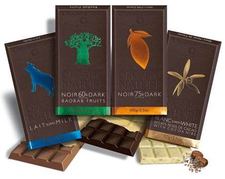 Chocolat Stella Baobab Meyveli Organik Çikolata  Bu çikolatayı özel kılan nefis tadının yanı sıra, bir de organik olarak üretilmiş olması. Yani üretilirken doğaya zarar vermiyor ve üretim süreçlerinde insan sağlığını tehdit edebilecek zararlı kimyasallar kullanılmıyor. Chocolat Stella tarafından İsviçre'de üretilen çikolata yüzde 60 oranında kakao içeriyor, içeriğinde bulunan baobab meyvesi ise Afrika'da ağaçlarda doğal olarak yetişiyor. Yüksek besleyici değerinin yanı sıra düşük kalorisi ve hoş aromasıyla yıldızı parlıyor. Stella çikolatalar organik ürünler satan dükkanlarda ve Bilstore'da satılıyor.   100 gr.'da;   523 kcal. enerji,   38 gr. yağ,   5 gr. protein