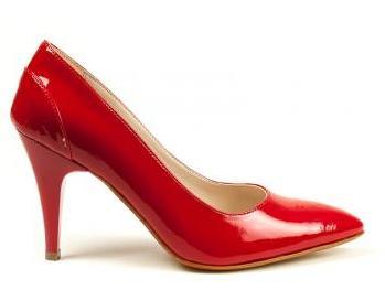 Kırmızı stiletto modellerini görmek için tıklayın!