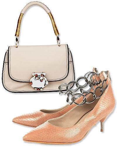 4. Marc Jacobs pembe deriden kısa saplı çanta be Topshop'tan kitten heel topuklu ayakkabı.