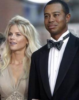 Bir düzine sevgilisiyle karısını aldatmış  Yılın en çok konuşulan skandallarından birinin kahramanı Tiger Woods'tu.   Ünlü golf yıldızının eşi Erin Nordegren'i aldattığı ortaya çıktığında da zaten yeterince büyük bir gürültü kopmuştu.   Ama olaylar bununla sınırlı kalmadı.