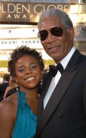 National Enquirer dergisinin iddiasına göre Freeman, üvey torunuyla 10 yıldır ilişki yaşıyordu.   Dergiye göre aktörün, şu anda 27 yaşında olan E'Dena Hines ile ilişkisi genç kız henüz 17 yaşındayken başladı.