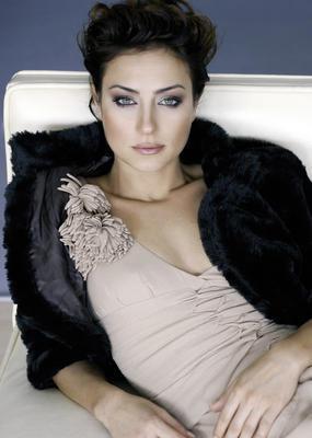 Hayrola çay bahçesi'ndeki skandal  Bir dönem ekranlarda fırtına gibi esen Aliye dizisinin yıldızı Sanem Çelik de uzun süre konuşulan bir skandalın kahramanı oldu..