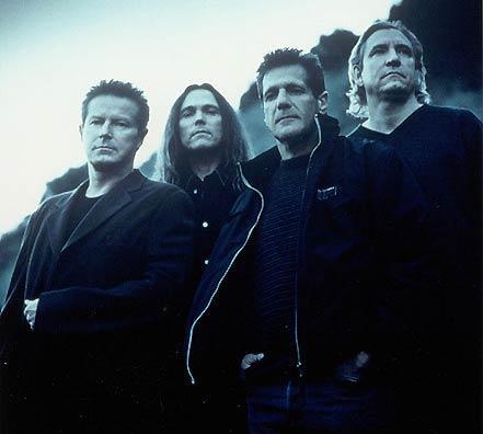 1. The Eagles  İngiliz grup özel bir parti için 4 milyon pound alarak birinci sıraya yerleşti.