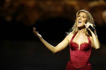 3. Celine Dion  Parti başına 2.5 milyon pound alan Celine Dion, bu tür organizasyonları sadece yılda iki-üç defa kabul ediyor.