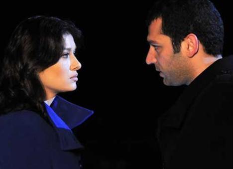 Terzioğlu, Aşk ve Ceza dizisinde oynayan eşinin rol arkadaşı Nurgül Yeşilçay ile yakınlaştığı sahneleri izlemiyormuş.