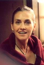 Hatta bu filmdeki rolüyle Antalya'da en iyi kadın oyuncu ödülünü aldı.