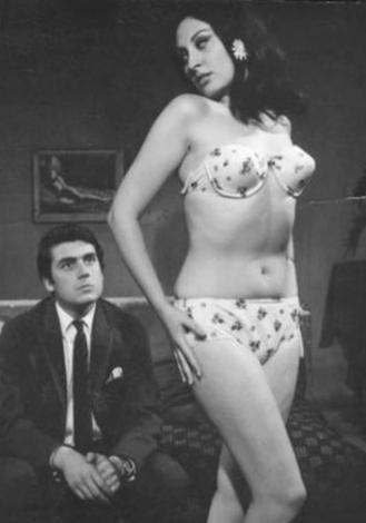 Siyah- beyaz dönemde oynadığı filmlerin yanısıra 1990'lı ve 2000'li yıllarda bir çok dizide de oynadı.   Bir zamanlar beyazperdenin en iyi striptiz yapan kadınlarından biri olarak tanınıyordu.