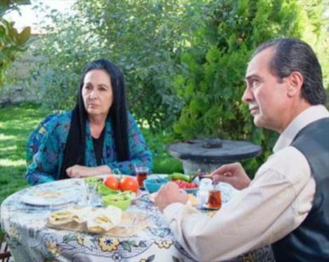 Perçem, Ferdağ'ın rol aldığı dizilerden biri..