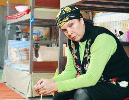 Alkor son olarak Parmaklıklar Ardında adlı dizide oynadı.