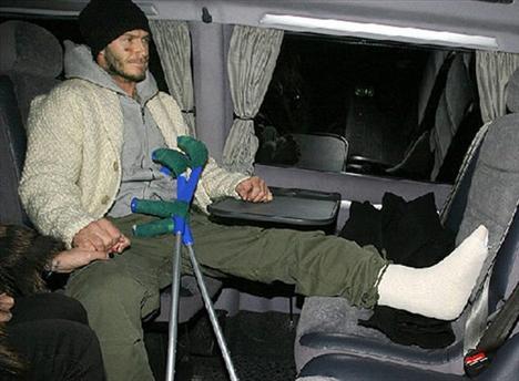 David Beckham, aşil tendonunda meydana gelen yırtılma nedeniyle Dünya Kupası'na katılamamıştı.