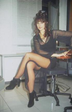 Aslında işletme eğitimi gören Orhon, 80'lerin en gözde dansçılarından biriydi.