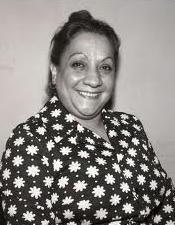 Türk tiyatro ve sinemasının duayenlerinden Adile Naşit'in sevimli görüntüsüyle her akşam çocuklara öğütler verirdi.