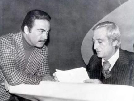 Ekranın en uzun süre aktif olarak çalışan sunucu ve spikerlerinden olan Kıvanç, mikrofon karşısında başladığı mesleğini daha sonra TV ekranlarına taşıdı...
