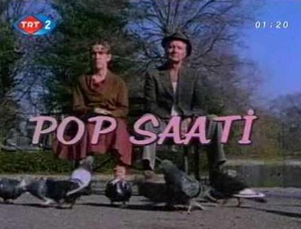 REKOR KIRAN PROGRAM  Erhan Konuk'un TRT 2'de hazırlayıp sunduğu Pop Saati programı onu dünya çapında bir rekorun sahibi yaptı..