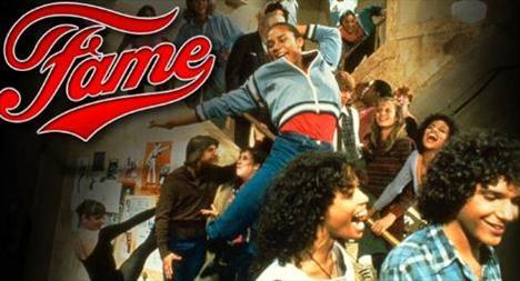 HERKES ŞÖHRET OLMAK İSTER  1980'lerde özellikle gençleri ekran başına çeken dizilerden biriydi Fame (Şöhret).